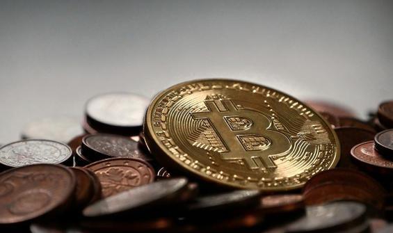 Bitcoin, BNB ve Ethereum uçuşa geçti!