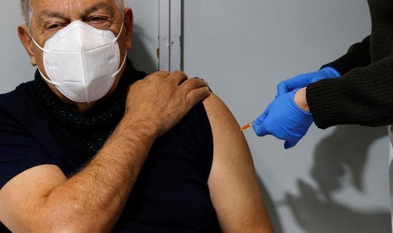 'Aşı pasaportu' tartışmalarında ilk adım geldi