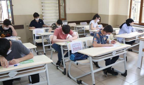 Yüz yüze sınavlar ertelenecek mi? Bakan Selçuk açıkladı