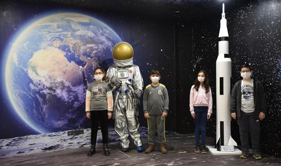 Çocuklar 'Gök Bilimci, Gök Kanat, Uzay Gökmen'i' dedi