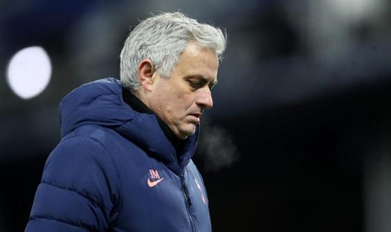 Tottenham'da Mourinho için tehlike çanları çalıyor