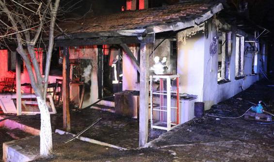 Restoranda yangın faciası! 3 kişi feci şekilde can verdi