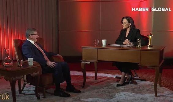 Davutoğlu: Partilerin kapatılmasına karşıyım
