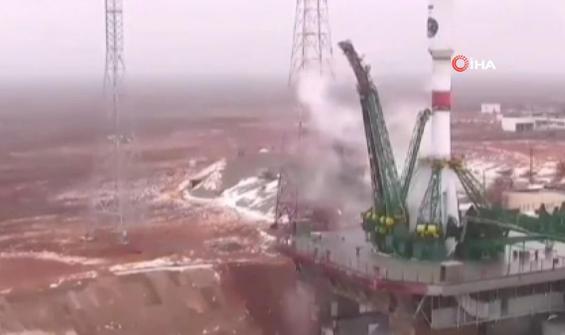 Rusya uydusunu böyle gönderdi