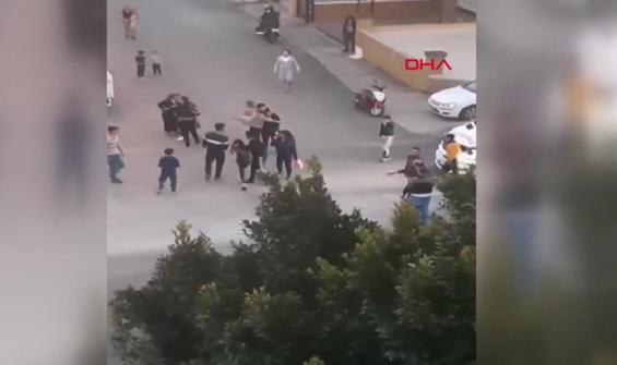 Kadınların kavgasında mahalleli birbirine girdi