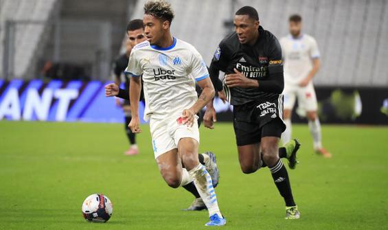 Lyon fırsat tepti