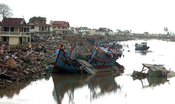 Yıkıcı depremde kayboldu, 10 yıl sonra kıyıya vurdu