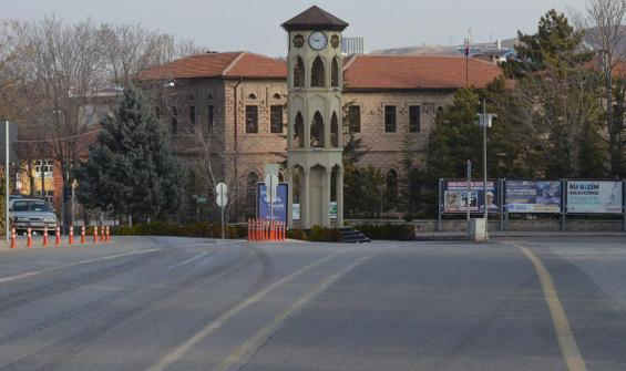 Türkiye'de bir ilk... Tüm şehir kapandı! Tek bir istisna var