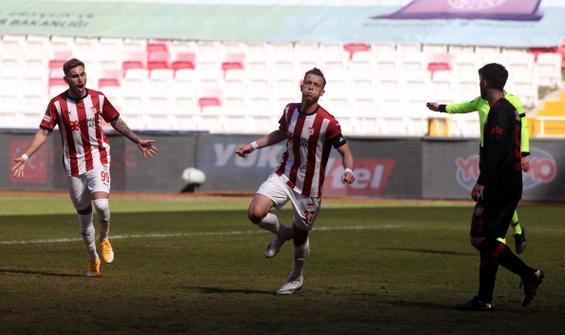 Sivasspor, Fatih Karagümrük engelini tek golle aştı