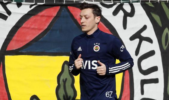 Mesut Özil düz koşulara başladı