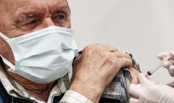 Bakan Koca'dan aşı açıklaması: Biraz daha sabır