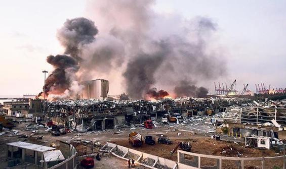 Beyrut patlaması sonuçlanmayınca protesto edildi!