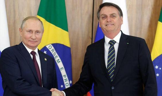 Bolsonaro, Putin ile Rus aşısını görüştü!