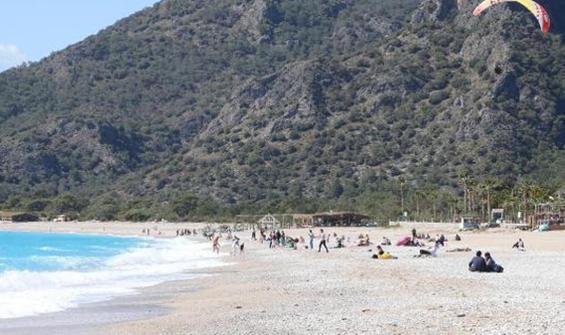 Ölüdeniz'de deniz sezonu açıldı