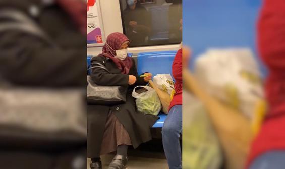 Metroda fasulye ayıklayan kadın şaşkınlık yarattı