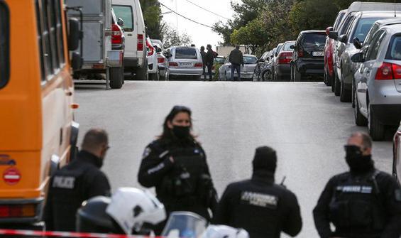 Yunan polis muhabiri pusuya düşürülerek öldürüldü