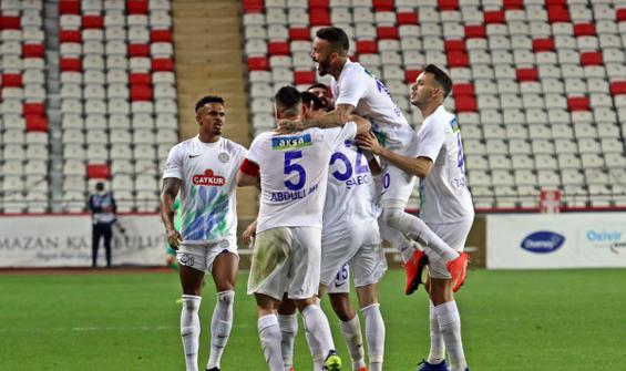 Çaykur Rizespor Antalya'dan 3 puanla döndü
