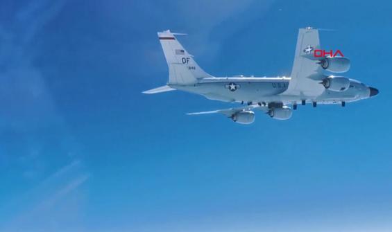 Rus avcı uçağından ABD'nin keşif uçağına önleme