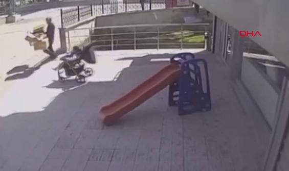 Yola doğru ilerleyen bebek arabasını böyle kurtardı
