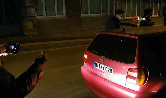 Araçtan çıkan kumanda polis ekiplerini şaşırttı