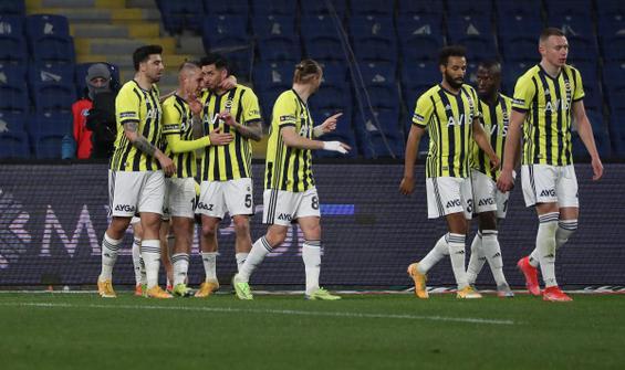 Fenerbahçe, Başakşehir'i deplasmanda 2-1 mağlup etti