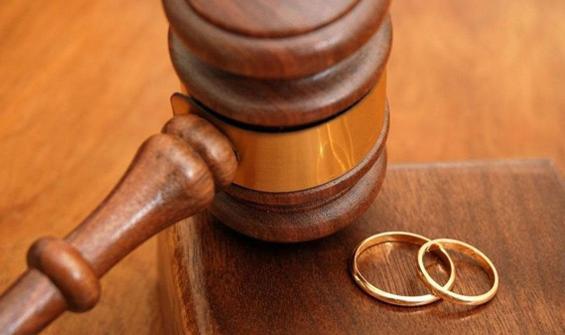 Yargıtay: Eşine 'salak' diyen kadına nafaka yok