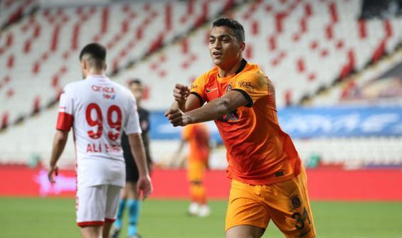 Galatasaray, Antalya'da tek golle kazandı