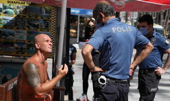 Kadın polise ahlaksız teklifte bulunan turist serbest