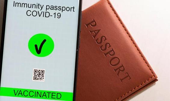 Kalabalıklarla hareket serbestisi için pasaport!