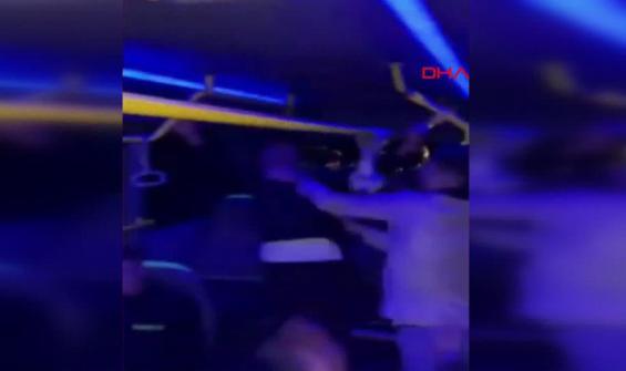 Diskoya çevirdikleri minibüste parti yaptılar