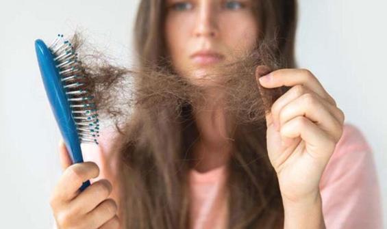 Koronavirüs geçirenlerde 4-6 ay ciddi saç dökülmesi oluyor