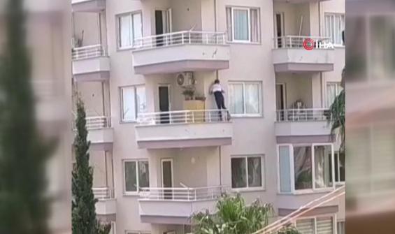 Polis eve gelince 6'ncı kat balkonundan kaçtı