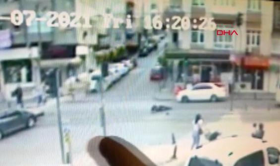 Korkutan motosiklet kazası anbean kamerada