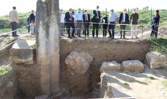 Aizanoi Antik Kenti'ndeki kazıda heyecanlandıran keşif