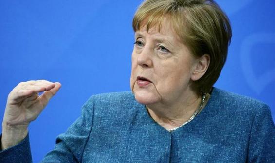 Angela Merkel'den deniz taşımacılığı açıklaması