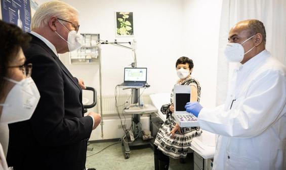 Almanya'dan aşı mesajı: Sorun haline gelmemeli!