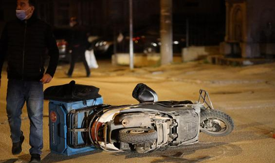 Zincirleme kaza: Motosikletli kurye hayatını kaybetti