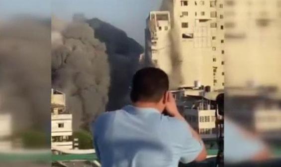 El-Şuruk Kulesi böyle yıkıldı