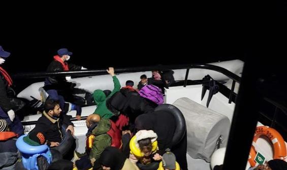 İzmir'de 71 düzensiz göçmen daha kurtarıldı
