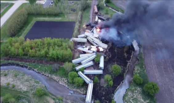 Korkutan tren kazasının boyutu havadan görüntülendi