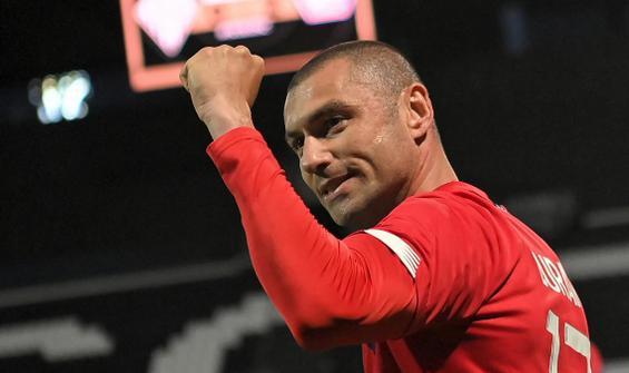 Lille'de sezonun en iyi futbolcusu Burak Yılmaz!