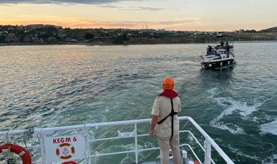 Ambarlı önlerinde sürüklenen tekne Kıyı Emniyeti kurtardı