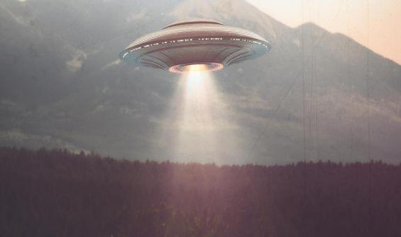 Eski Pentagon yetkilisi açıkladı: UFO'lar defalarca saldırdı