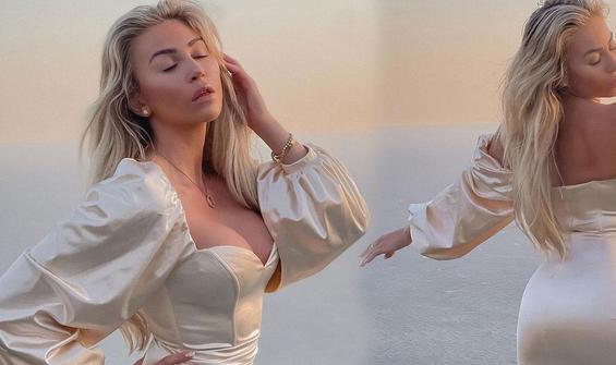 Dünyaca ünlü model Khloe Terae'den iddialı pozlar
