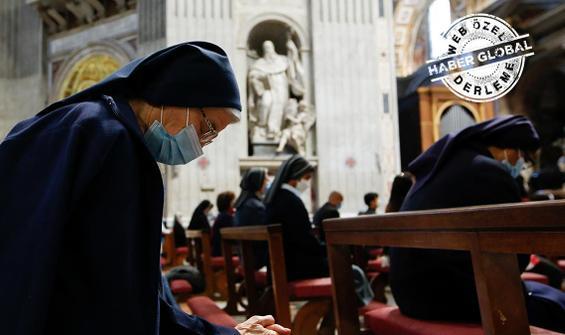 ABD'li 'sosyete' her şeyi bırakıp nasıl rahibe oldu?
