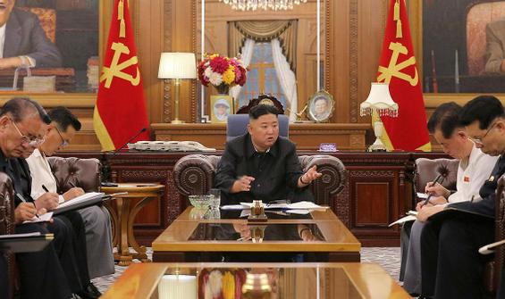Kim Jong Un hakkındaki iddialar kesilmiyor: Habis kanser!