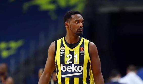 Fenerbahçe yıldız oyuncuyla yeniden anlaştı