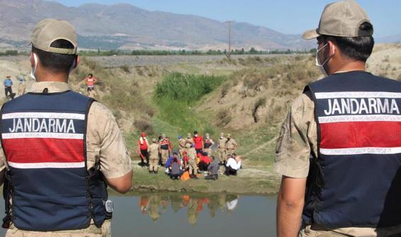 Sulama kanalına giren çocuk boğuldu!