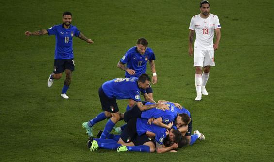 İtalya, üst tura çıkmayı garantileyen ilk takım oldu