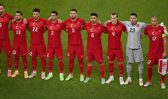 İsviçre-Türkiye maçının hakemi belli oldu